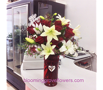BGF2973 in Buffalo Grove IL, Blooming Grove Flowers & Gifts