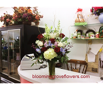 BGF3320 in Buffalo Grove IL, Blooming Grove Flowers & Gifts