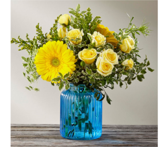 Something Blue by Better Homes and Gardens in Arlington VA, Twin Towers Florist