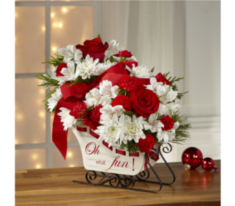 The FTD� Holiday Traditions� Bouquet in Chapel Hill NC, Floral Expressions and Gifts