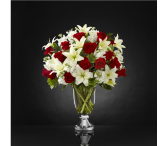 The FTD Grand Occasion Luxury Bouquet in Southfield MI, Thrifty Florist