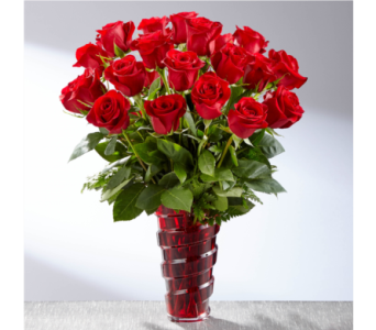 The FTD In Love With Red Roses in Southfield MI, Thrifty Florist