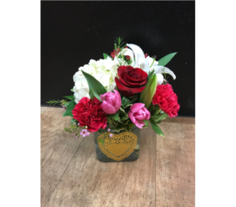 Heart of Gold in Fargo ND, Dalbol Flowers & Gifts, Inc.