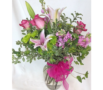 Dehn's Pink Posh in Saratoga Springs NY, Dehn's Flowers & Greenhouses, Inc