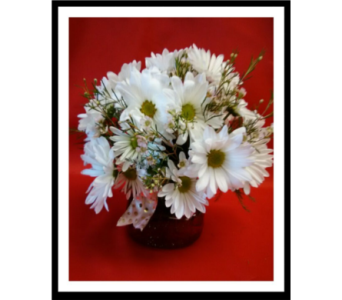She loves me daisy bouquet in Clinton OK, Dupree Flowers & Gifts