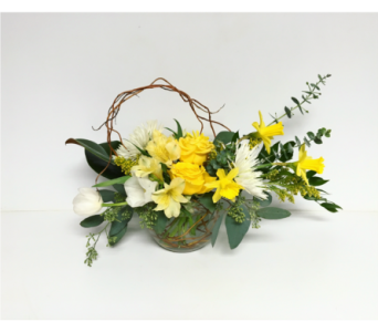 Daffodil Days Rose Bowl Arrangement in Wyoming MI, Wyoming Stuyvesant Floral