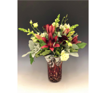 Crimson Flared in Kirkland WA, Fena Flowers, Inc.
