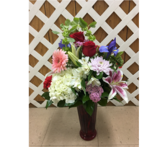 Fluted Vase with Red Roses in Purcellville VA, Purcellville Florist
