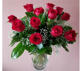 Dozen Red Roses in Staten Island NY, Kitty's and Family Florist Inc.