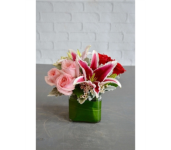Sweetheart in Chapel Hill NC, Floral Expressions and Gifts