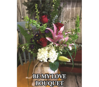 Be My Love Bouquet in Waynesburg PA, The Perfect Arrangement Inc