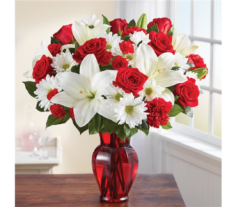 Red & White Delight in Pittsburgh PA, Eiseltown Flowers & Gifts