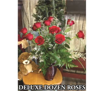 Deluxe Dozen Roses in Waynesburg PA, The Perfect Arrangement Inc