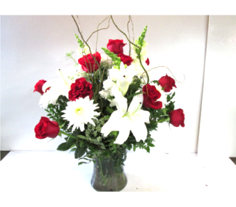 Roses and More in Worcester MA, Holmes Shusas Florists, Inc