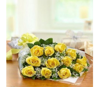 12 Short Roses in Markham ON, Metro Florist Inc.