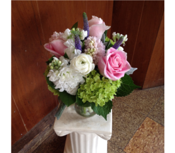 A Lot Like Love  in Guilford CT, Guilford White House Florist