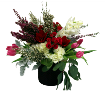 European Romance  in Detroit and St. Clair Shores MI, Conner Park Florist