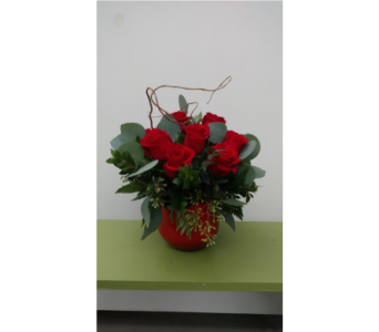 Modern Dozen in Sioux Falls SD, Cliff Avenue Florist