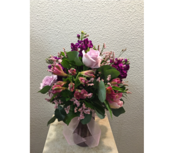 Young Love in Arcata CA, Country Living Florist & Fine Gifts