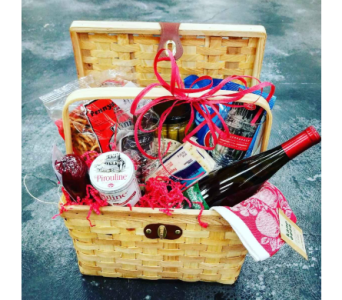 Extra Special Holiday Basket in Yakima WA, Kameo Flower Shop, Inc