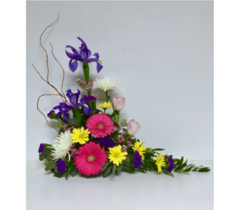 Spring Sympathy Design - One-Sided Arrangement in Wyoming MI, Wyoming Stuyvesant Floral