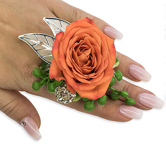 Tangerine Floral Ring in Oshkosh WI, Flowers & Leaves LLC