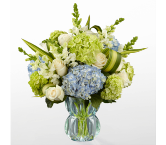 The FTD Superior Sights Luxury Bouquet in Southfield MI, Thrifty Florist