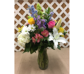 Seasonal Vase with Roses in Purcellville VA, Purcellville Florist