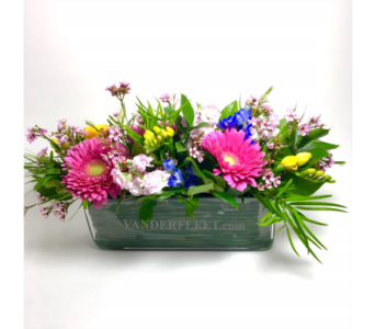 Exquisite Spring Floral Centerpiece in Etobicoke ON, VANDERFLEET Flowers