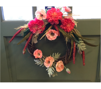 Poppy and Zinnia Wreath  in Mount Kisco NY, Hollywood Flower Shop