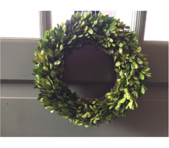 Small Boxwood Wreath in Mount Kisco NY, Hollywood Flower Shop