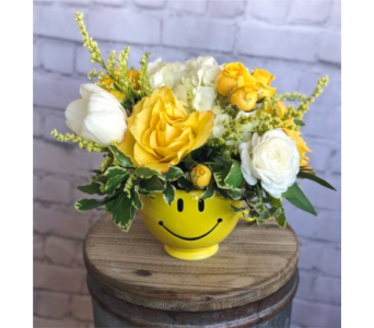 Sunny Smiles in Norman OK, Redbud Floral
