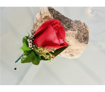 Single Rose Boutonniere  in Guilford CT, Guilford White House Florist