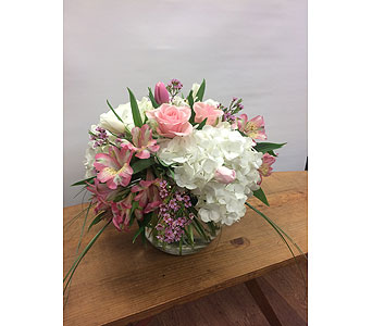 Pretty Pinks and White in Manhasset NY, Town & Country Flowers