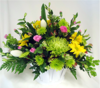 It's All About Mom! in Saratoga Springs NY, Dehn's Flowers & Greenhouses, Inc