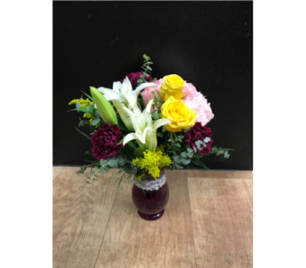 Classy Lady in Fargo ND, Dalbol Flowers & Gifts, Inc.
