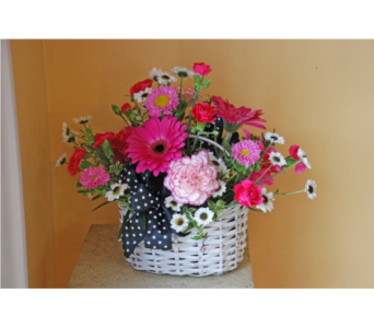 Sue's Famous Basket in Hales Corners WI, Barb's Green House Florist