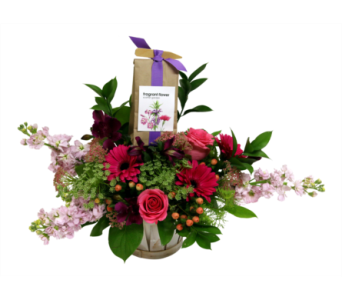 Spring Garden Basket  in Detroit and St. Clair Shores MI, Conner Park Florist