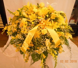 All Yellow Mix Casket Spray in Middletown OH, Flowers by Nancy