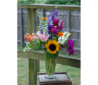 Summer Flower Garden Bouquet in Hales Corners WI, Barb's Green House Florist