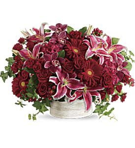 Stunning Statement Bouquet in Alliston, New Tecumseth ON, Bern's Flowers & Gifts