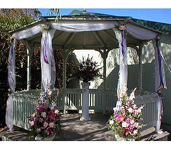Wedding in Arcata CA, Country Living Florist & Fine Gifts