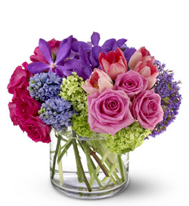 Spring Oasis in Friendswood TX, Lary's Florist & Designs LLC