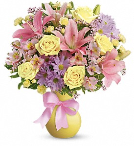 Teleflora's Simply Sweet in Beaumont TX, Blooms by Claybar Floral