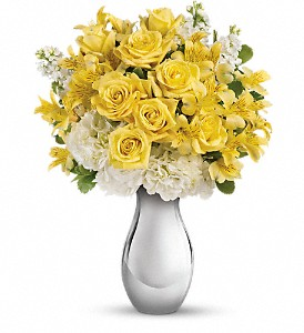 Teleflora's So Pretty Bouquet in Hamilton OH, Gray The Florist, Inc.