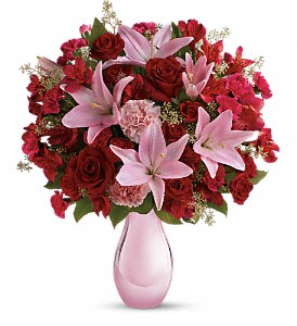 Teleflora's Roses and Pearls Bouquet in Savannah GA, The Flower Boutique