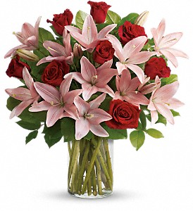 So Enchanting Bouquet in Ingersoll ON, Floral Occasions-(519)425-1601 - (800)570-6267