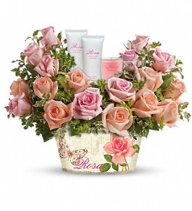 Teleflora's Rosy Delights Gift Bouquet in Hanover PA, Country Manor Florist