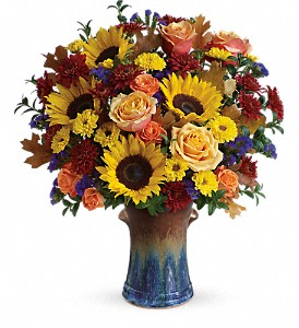 Teleflora's Country Sunflowers Bouquet in Oklahoma City OK, Array of Flowers & Gifts