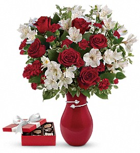 Pair Of Hearts Bouquet with chocolates in Oklahoma City OK, Array of Flowers & Gifts